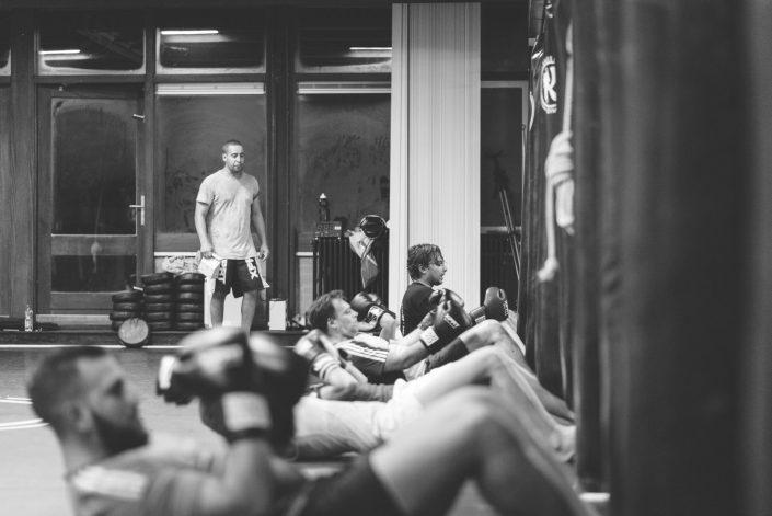 Kassem Gym Lessen Black and White